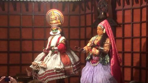 Scène de Kathakali (Kochi, Inde)