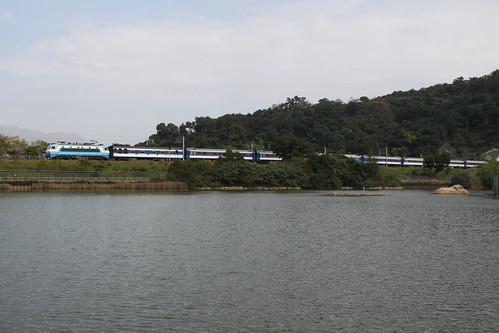 Through Train lakeside at Tai Po Kau
