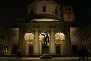 תמונה של Costantino Imperatore. italy milan san italia basilica milano flag lorenzo sanlorenzo statua costantino bandiera tricolore 150italia