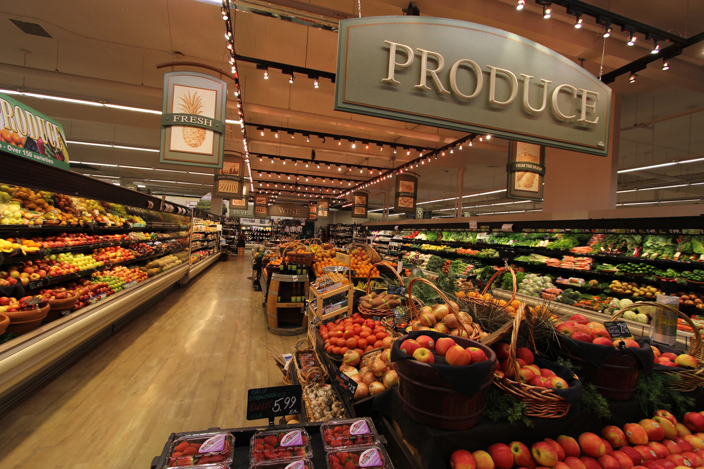 Interior Grocery Store Decor | Produce Area Decor | Marke ...