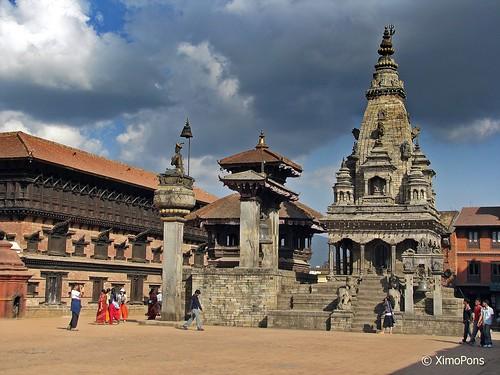 Kathmandu Valley by XimoPons