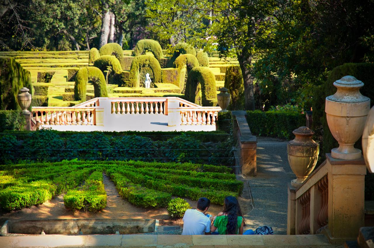 Barcelona photoblog romantic gardens horta labyrinth for Barcelona pool garden 4