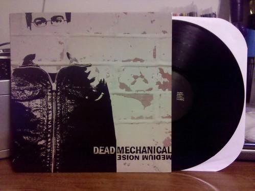 Dead Mechanical - Medium Noise LP