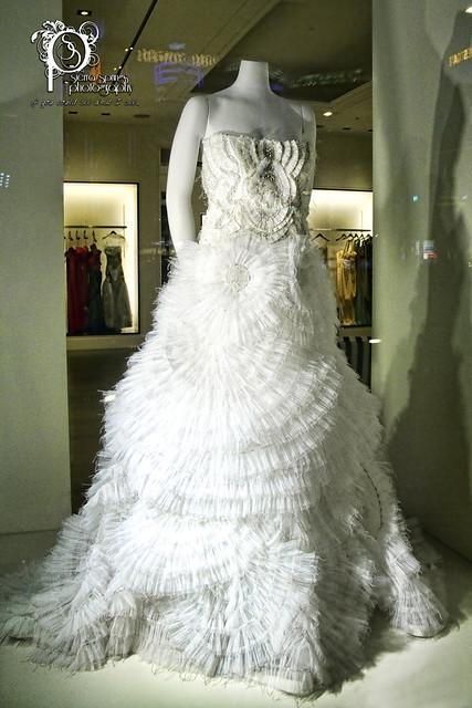 Las vegas wedding dress flickr photo sharing for Las vegas wedding dress