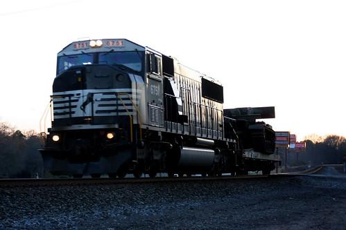 railroad sunset sun sc set train sunrise army tank ns southcarolina railway short rise clemson norfolksouthern emd sd60m emdsd60m