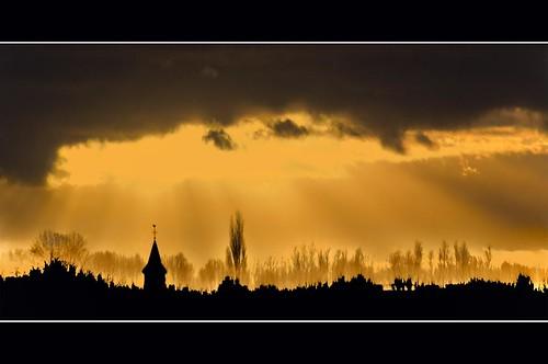light sunset sun holland tower church netherlands silhouette photography gold golden photo stock nederland rays kinderdijk lightrays stockphoto stockphotography wpk