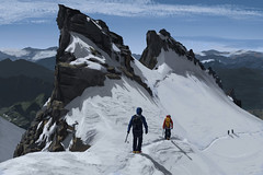 winter sport(0.0), sports(0.0), ski touring(0.0), downhill(0.0), alps(1.0), adventure(1.0), mountain(1.0), piste(1.0), recreation(1.0), outdoor recreation(1.0), mountaineering(1.0), mountain range(1.0), summit(1.0), ridge(1.0), extreme sport(1.0), arãªte(1.0), mountain guide(1.0), mountainous landforms(1.0),