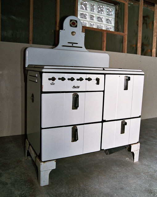 Current Inventory of Retro Gas Kitchen Coook Stoves for Sale
