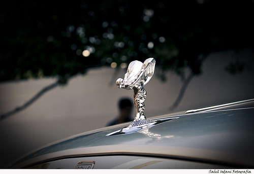 Another Spirit of Ecstasy pic, quite easily the best emblem in the automobile industry!!