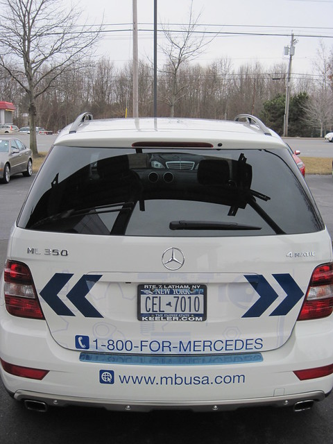 Keeler mercedes benz roadside assistance suv flickr for Mercedes benz road side assistance