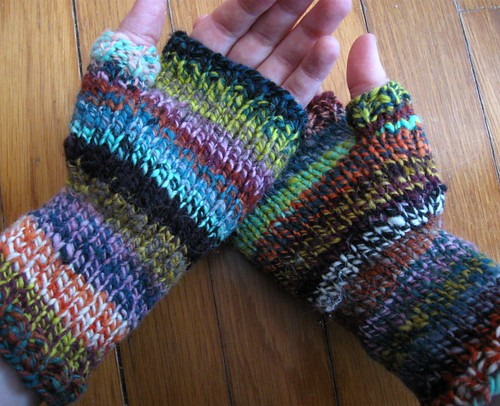 lirael fingerless mitts