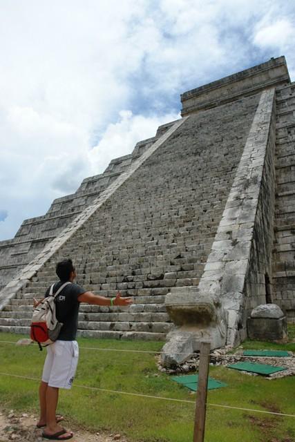 Estar a los pies de tanta historia, bajo Kukulkán es una experiencia única [object object] - 5462691954 1660b70fb3 z - Chichén Itzá, el gran vestigio de la civilización Maya