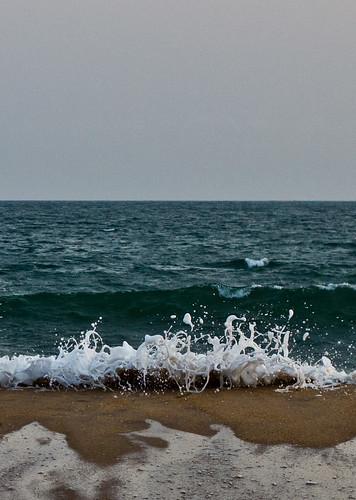 ocean africa beach 50mm waves ghana afrika ef50mmf18ii voltaregion dzita eos550d rebelt2i