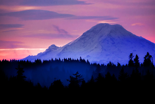 landscape volcano washington canon5d bainbridgeisland washingtonstate mtrainier overprocessed canon70200mm enfuse focuswhatsthat topazadjust topazdenoise garretveley insanecolorfrenzy canon2xtelextender elaboratelyoverwrought