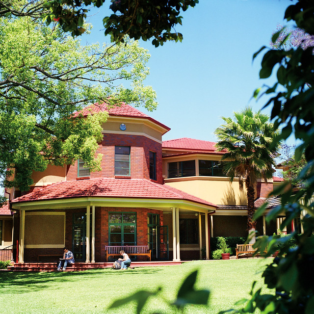 Electrician community college sydney australia