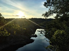 ☀️ Where is your favorite outdoor spot??? ☀️ Today I hiked with @jesserker along Great Falls -- Maryland side. ☀️ #greatfalls #greatfallsmaryland #maryland #potomac #iphone6plus #iphonography #iphoneographer #iphoneography #sun #sky #cielo