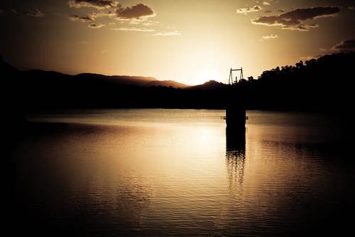 sunset lake arenal