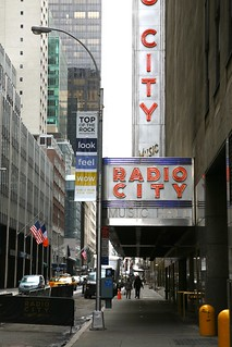 New York City, Manhattan, Midtown West, Radio City Music Hall, 1932. 1260 6th ave (aka Avenue of the Americas )