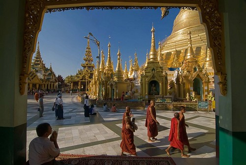 travel people gold pagoda burma faith pray monks tati annatatti bestcapturesaoi elitegalleryaoi mygearandme mygearandmepremium