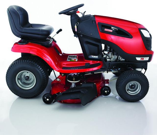 2010 Sears Craftsman Garden Tractors : Craftsman turn tight lawn tractor flickr photo sharing
