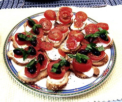 hors d'oeuvre, meal, vegetable, bruschetta, produce, food, dish, canapã©, cuisine,