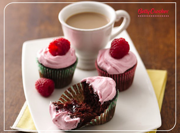 Mini Raspberry Filled Chocolate Cupcakes Recipe Flickr