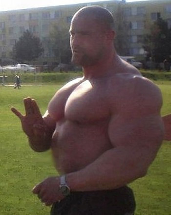 Huge muscle men