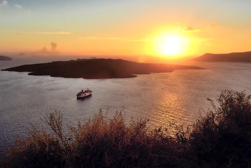 JEKA Photography: A Cruise through the Heart of the Caldera (Explore) Santorini / Thira / Greece / Ship / Island / Aegean / Mediterranean