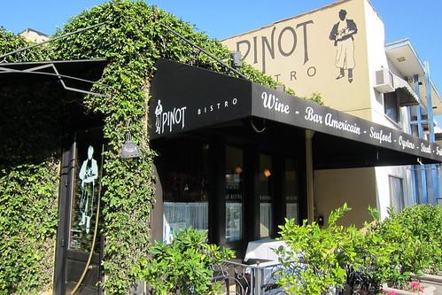 Pinot Bistro: Exterior