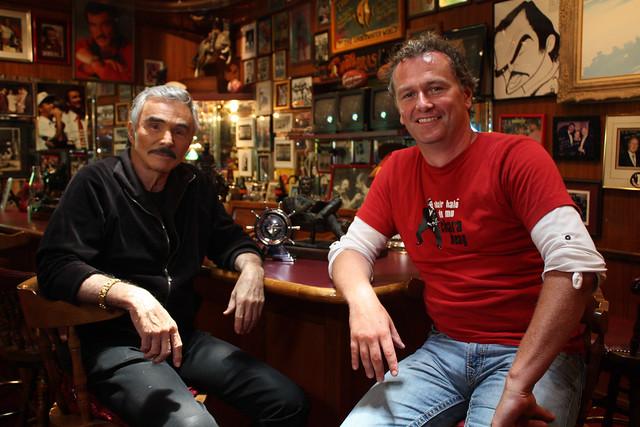 10-03-11 @ 21.30 Dáithí ar Route 1-Dáithí with Burt Reynolds
