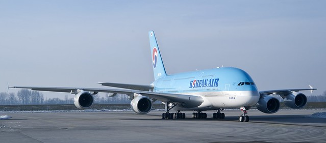 Korean Air 1st A380 livery, 4