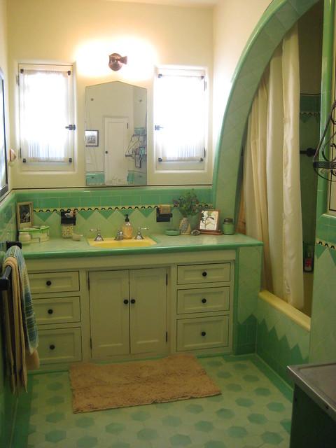Vintage Bathrooms A Gallery On Flickr