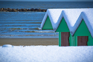 Bild av Spiaggia di levante. winter snow beach