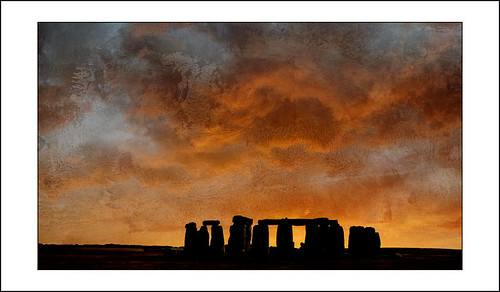 New Dawn ..... Stonehenge