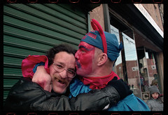Mummers_Kissing_Billy_010901_03