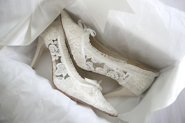 Italian lace wedding shoe with exquisite lace detail and leather insoles
