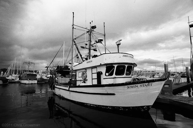 The Shrimp Trawler John Start - Nikkor-UD 20mm - TMAX 400