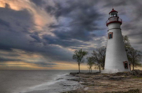 longexposure ohio lighthouse clouds sunrise landscape nikon marblehead marbleheadlighthouse lakeerie hdr photomatix neutraldensityfilter hdrsunrise nikond90