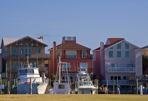 gulfofmexico boats nikon texas gulf porta yachts tamron portaransas gulfcoast waterview mustangisland horwath tamronlens coastalbend d700 rayhorwath tamron28mm300mmlens shipchannels