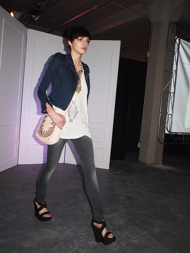 Akira Fashion Show For Jane Addams Hull House Amy Creyer 39 S Chicago Street Style Fashion Blog