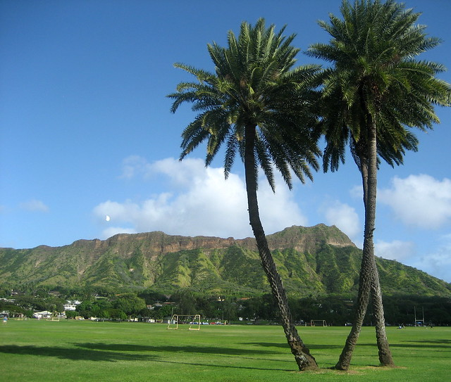 Diamondhead from Kapiolani Park
