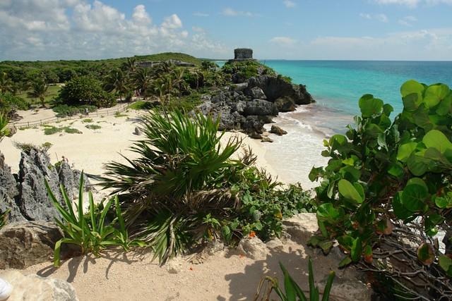 Cancún vs Playa del Carmen: Tulum y su maravillosa playa es una de las joyas del Yucatán, muy carca de Playa del Carmen cancún vs playa del carmen - 5461426310 a4d1628ab6 z - Cancún vs Playa del Carmen (Riviera Maya)