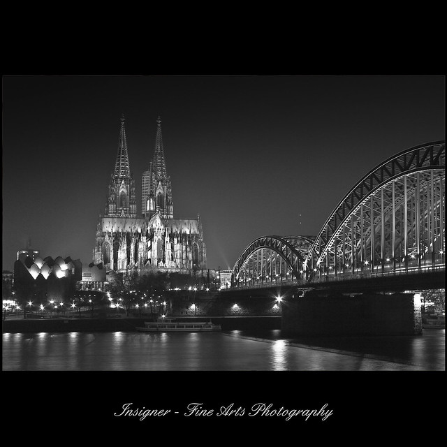 night & light series - cologne cathedral black & white