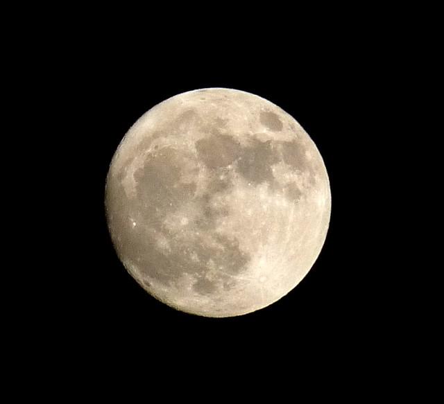 The Moon tonight   Flickr - Photo Sharing!