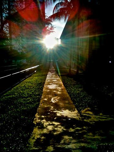 sun sunrise singapore asia burst 3gs bahru iphone tiong yellowbrickroad exposureblend enfuse hdrpro iphoneography