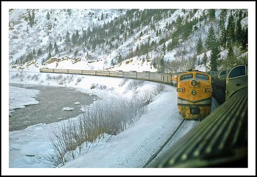 winter geotagged colorado coloradoriver fromthetrain streamliner californiazephyr glenwoodcanyon epsonv500
