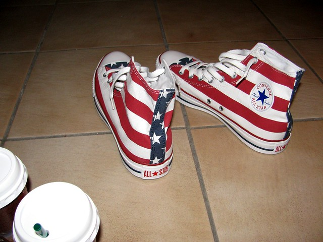 all stars and stripes converse chuck taylor all star hi. Black Bedroom Furniture Sets. Home Design Ideas