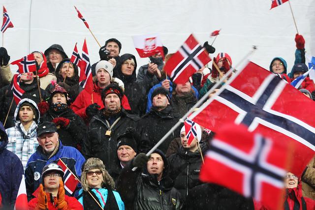 Publikum i Holmenkollen under ski-VM i 2012