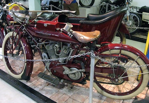 Old Indian Motorcycle (0)