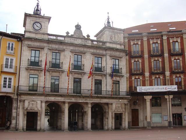 Plaza mayor ayuntamiento flickr photo sharing - Illescas garden ...